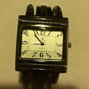 Vintage Ladies Silvef Cuff Watch , mother of pearl